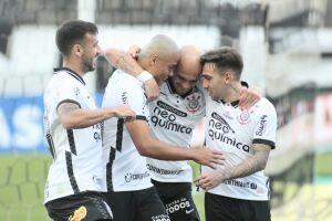 Mesmo com time misto, Corinthians deu uma força para o Palmeiras e derrotou o Novorizontino