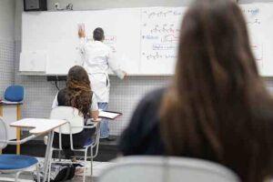 As escolas mais afetadas foram aquelas de pequeno e médio porte, com até 180 alunos.
