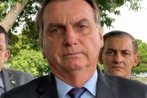 Bolsonaro fez críticas à Cuba na segunda (12) e aproveitou os atos na ilha para alimentar o discurso do fantasma comunista que, segundo ele, assombra o Brasil