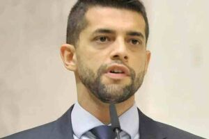 O deputado estadual Caio França (PSB).