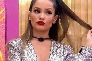 Juliette Freire, 31, fez uma transmissão ao vivo nas redes sociais na noite de sábado (15), a primeira desde que venceu o BBB 21.