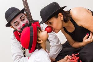 Novo projeto mistura linguagens do circo, cinema e música