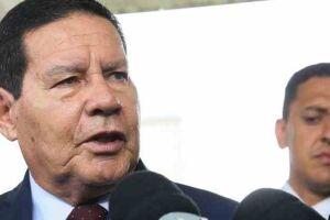"""O vice-presidente, Hamilton Mourão (PRTB), disse que os mortos na comunidade do Jacarezinho, na zona norte carioca, eram """"todos bandidos""""."""