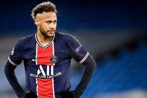 Neymar em campo pelo Paris Saint-Germain