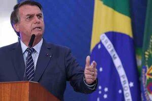 O Governo do Estado de São Paulo autuou o Presidente da República, Jair Bolsonaro, na manhã deste sábado (12) após equipes da Saúde e Segurança Pública flagrarem o político sem máscara durante uma manifestação na Capital. O valor da autuação é de R$ 552,7