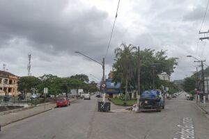 Como rota alternativa, motoristas poderão seguir pela mesma Campos Sales (pista da esquerda) e Rua Silva Jardim