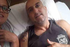 Há um ano, o caminhoneiro Edson Cardoso da Silveira, de 44 anos, sofreu um grave acidente, que esmigalhou seu pé esquerdo, provocou fraturas múltiplas na perna e no pé direito, deixando-o preso nas ferragens.