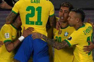 Firmino comemora seu gol.