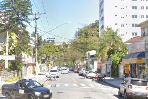 A Rua Godofredo Fraga tem mão dupla de circulação