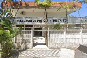 Agentes da Polícia Civil de Itanhaém trabalham para identificar autores de roubo