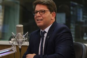 Especialistas apontam inconsistências na fala de Mario Frias. Isso porque, na prática, ele e sua Secretaria Especial da Cultura não podem usar as verbas que o projeto de lei pretende acessar.