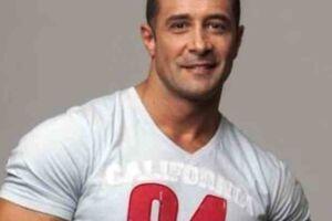 Morreu ontem (18) após cair do 9º andar de um prédio em Santos o enteado do ator e modelo Marcos Oliver.