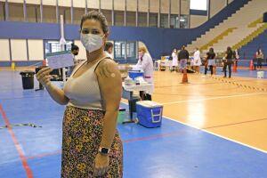 Guarujá foi uma das primeiras cidades da Baixada Santista a receber e começar a aplicar imunizante