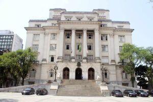 Prefeitura de Santos encaminhou à Câmara Municipal a readequação das regras de aposentadoria