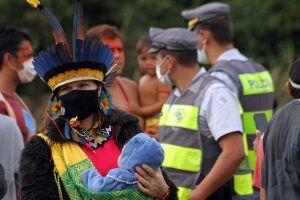 O texto do PL 490 prevê, entre outras medidas, a criação de um marco temporal para delimitar o que são terras tradicionalmente ocupadas pelos indígenas.