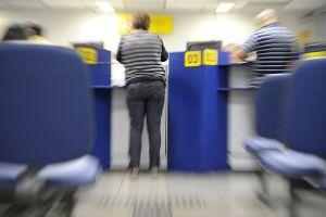 O objetivo do projeto é evitar que pessoas, principalmente os idosos, tenham que ir aos bancos para fazer a comprovação