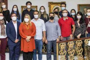 A nova equipe se junta aos outros nove médicos que iniciaram os trabalhos em maio deste ano.