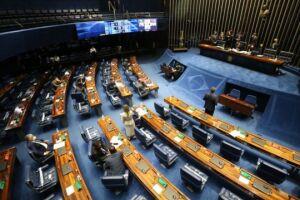 Nos bastidores, diversos senadores põem em xeque o sistema de escolha para os cargos na administração pública