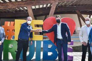 O Vice-Governador Rodrigo Garcia anunciou nesta quinta-feira (8) que o Governo do Estado vai repassar R$ 22 milhões para a conclusão do Hospital Municipal de Peruíbe