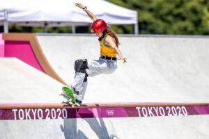 Na estreia do skate park nos Jogos Olímpicos, as brasileiras Dora Varella e Yndiara Asp se classificaram para a final e terminaram nas sétima e oitava posições