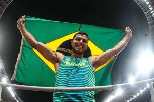 Thiago Braz voltou ao pódio cinco anos após conquistar ouro no Rio de Janeiro