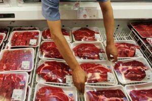 Pesquisa aponta que 67% dos entrevistados cortaram o consumo de carne vermelha