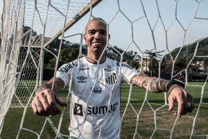 Santos disse não reconhecer os responsáveis pelo ataque a Tardelli como 'jogadores'