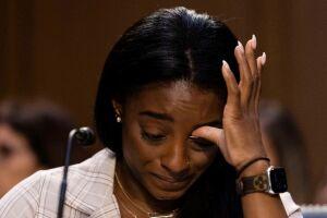 Simone Biles é uma das atletas que prestaram depoimento ao Comitê Judiciário do Senado