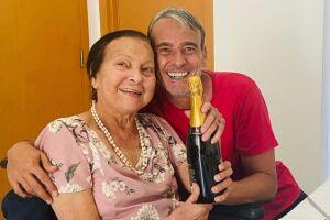 No ano passado, Alexandre Borges se mudou para Santos para cuidar da mãe