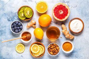 A prática de exercícios físicos aliada a uma alimentação saudável é fundamental para fortalecer o sistema imunológico