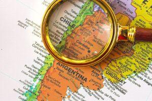 No novo mapa, o Chile inclui uma área marítimaao sul do continente, que antes constava como pertencente à Argentina