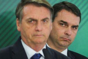 Bolsonaro e seu filho Flávio.