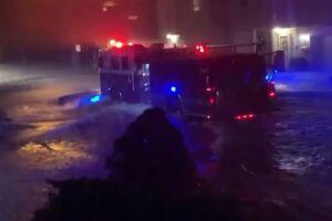 Bombeiros não param de atender ocorrências por conta das inundações.