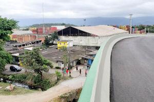 Viaduto do Piratininga foi implantado próximo de pessoas que estão no local há 40 anos