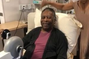 Pelé segue internado no hospital Albert Einstein