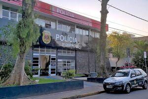 O flagrante foi registrado no 3° Distrito Policial de Santos (Ponta da Praia)