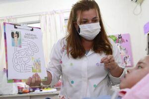 Karina Alves Lima Souza, professora, 47 anos.
