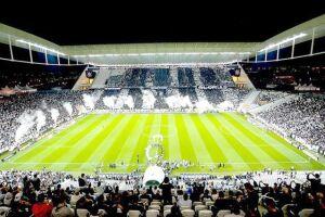 Corinthians e Santos se enfrentam novamente em Itaquera