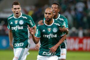 Alecsandro marcou o segundo gol do jogo