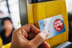 Os usuários poderão efetuar a recarga e consultar o saldo do cartão durante a viagem (m