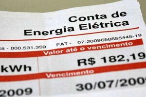 De janeiro de 2015 a fevereiro de 2016, vigorou a bandeira vermelha, que sinaliza piores condições de geração de energia