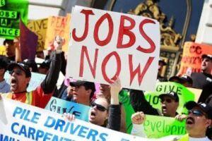 Pedidos de auxílio-desemprego nos EUA recuam para 268 mil na semana