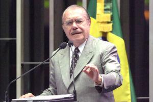 José Sarney criticou pesadamente o Judiciário brasileiro