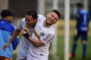 Santos aceita negociar Ricardo Oliveira e revelações, mas não Lucas Lima