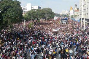 Marcha para Jesus reúne milhares de pessoas em SP no dia de Corpus Christi