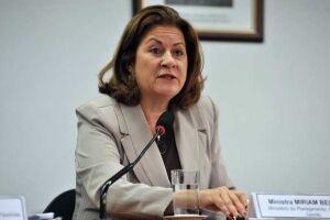 Miriam Belchior sai da presidência da Caixa e dá lugar interinamente a Joaquim Lima de Oliveira, funcionário de carreira do banco