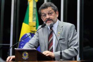 Gravação de Jucá confirma o golpe contra Dilma, diz líder do PT no Senado, Paulo Rocha