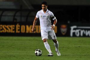 Renato reclamou de um tranco no goleiro Vanderlei