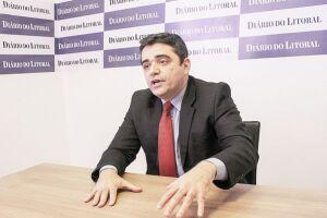 Fernandes defende a valorização do funcionalismo público, com a criação de uma escola de talentos