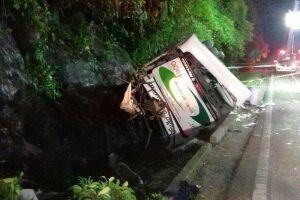 Acidente matou 18 pessoas na Mogi-Bertioga, na última quarta-feira